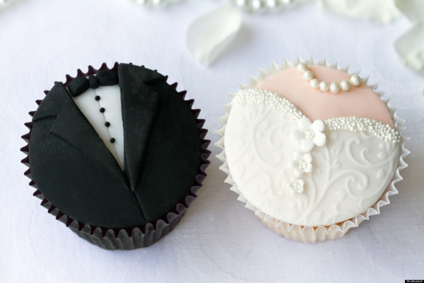 Bride_Groom_Cupcake